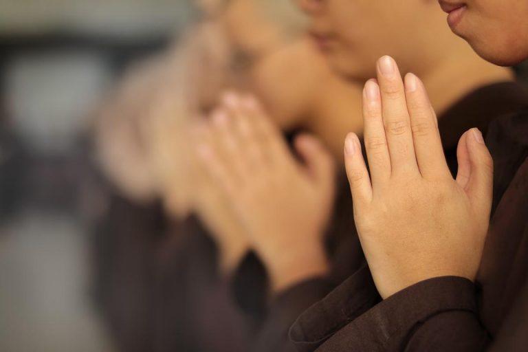Świetne sposoby ba medytację – jak medytować?
